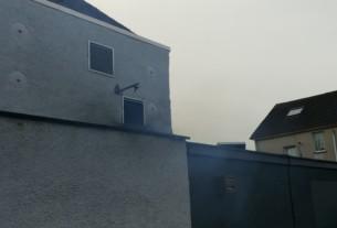 Riverhill Courtyard kitchen exhaust venting smoke