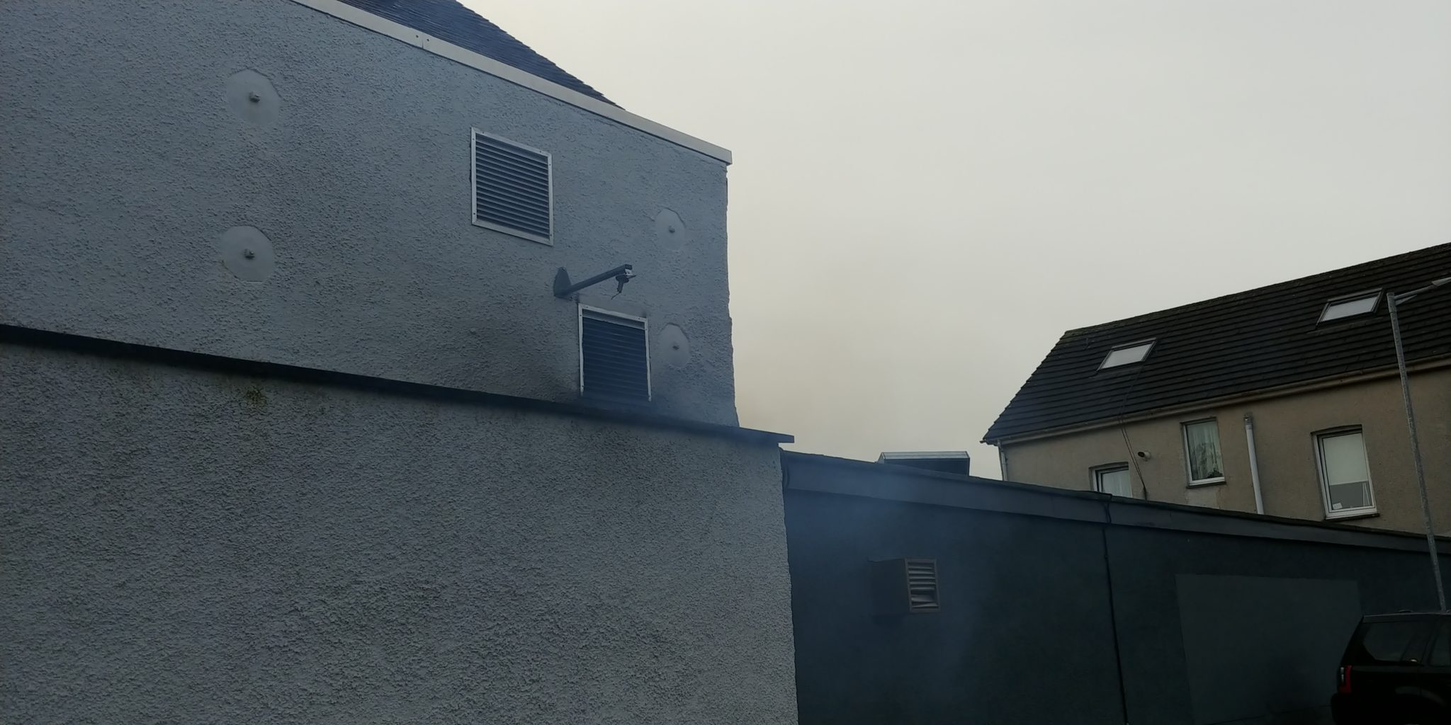 Riverhill Courtyard kitchen exhaust venting smoke